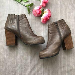 Jeffrey Campbell Hanger Light Brown Boots Size 10
